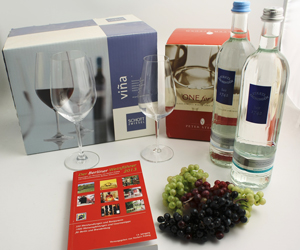 BWf 13 mit Trauben + Wasser + Gläser Sponsoren